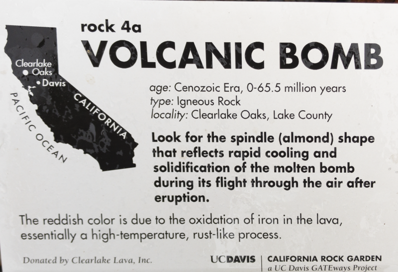 1_2018-11-21-volcanic-bomb-description